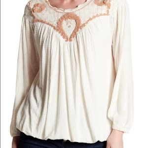 Free People Begonia Embroidered Top. XS.